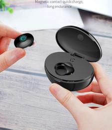 2019 oreillettes simples TW-10 Oreillette Bluetooth sans fil Ear-in Motion Ts Véritable bande de chargement de bande stéréo Entrepôt Oreillette Bluetooth mono-oreille oreillettes simples pas cher