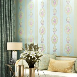 Blaue blumenmalereien online-Non Stripped Tapeten Floral Modern Woven Pink Flower Wallpapers Für Schlafzimmer Hochzeit Zimmer Wände Blau Beige Papier Kontakt Wandbild
