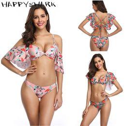 bandeau floreale Sconti HAPPYSHARK Ruffled Swimsuits 2019 Donna Lotus Floral Stampato Costumi da bagno Sexy Bikini a fascia Costume da bagno rosa A righe Beachwear