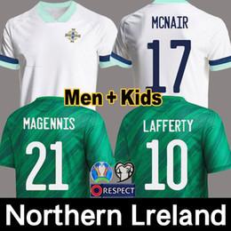 Il pullover tailandese libera il trasporto online-più nuovi di qualità 2020 2021 magliette di calcio Irlanda del Nord Irlanda del Nord 2020 maglie calcio di casa EVANS LEWIS UOMO BAMBINI thailandesi trasporto libero