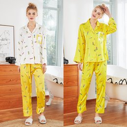QWEEK Donna Pigiama Satin Giallo Pigiama di seta Donna Primavera Estate Pigiama Satinato Set Manica lunga Set a due pezzi Pijama Mujer da