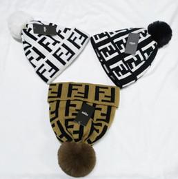 2019 cappelli a cotone a maglia per gli uomini Nuovo Hart donne della moda unisex inverno molla auto uomini moda Hip Hop casuale maglia cappello all'aperto cranio caldo caps Berretti femminili cappelli a cotone a maglia per gli uomini economici