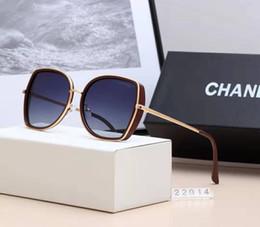 Männer sonnenbrille box online-Hochwertige polarisierte linse pilot mode sonnenbrillen für männer und frauen markendesigner vintage sport sonnenbrille mit fall und box