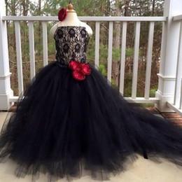 Vestidos de noiva de renda elegante vermelho on-line-Vestidos de meninas elegantes preto Pageant Lace Tulle vermelho 3D Flower Sweep Train 2019 Moda casamento Flower Girls vestidos Lace Up vestidos de aniversário