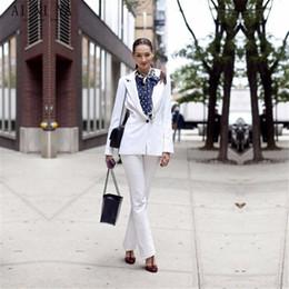 weiße knöpfe einheitlich Rabatt Weiße Jacke und Hose Damen Business Uniform Formelle Hose Anzug Damen Büro Slim Fit Set Langarm One Button Custom