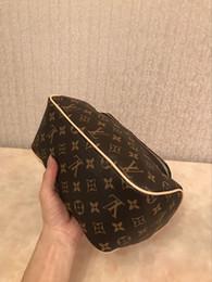 2019 kits de embrague al por mayor Diseñador de la mujer bolsas de cosméticos de doble cremallera de lujo bolsa de aseo de viaje moda famosa marca de lavado bolsa de maquillaje bolsa de aseo bolsa de viaje