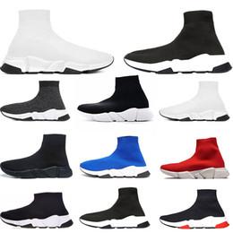 Bottes plates pour femme en Ligne-Balenciaga Chaussettes Bottes pour les hommes de la mode Designer LuxurySpeed Trainer off Red Triple Black Flat chaussures de sport en plein air femmes Sneaker taille 36-45