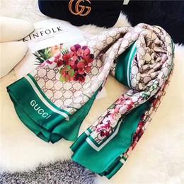 bufandas de inglaterra Rebajas Las nuevas bufandas de seda de la marca diseñadas por los diseñadores real resorte de alta calidad para las mujeres en 2018 son el estilo caliente de moda de las mujeres