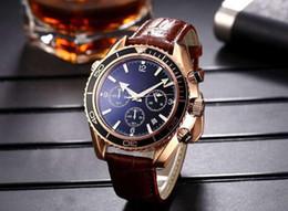 Reloj cronometro mecanico online-Nuevos hombres mecánicos de lujo Relojes de pulsera de movimiento de cuarzo de alta calidad James Bond 007 Reloj cronómetro deportivo para hombre
