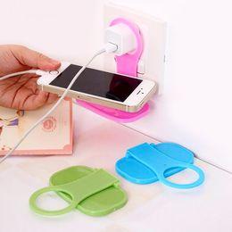 cuna de carga del teléfono celular Rebajas 2Pcs Plástico plegable Teléfono celular Cargador de pared Soporte de suspensión Estante de carga Soporte Cuna Universal