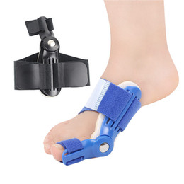 2019 dolor en el dedo gordo 243 Big Toe Splint Straightener Toe Hallux Valgus Orthotics Bunion Guard Toe Separator Corrector Thumb Bone Ortopédica Alivio del dolor