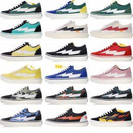 Мужская спортивная обувь онлайн-New Revenge x Storm Old Skool Скейтбординг Кроссовки Популярные тренды для мужчин и женщин Прочная спортивная обувь на холсте на открытом воздухе