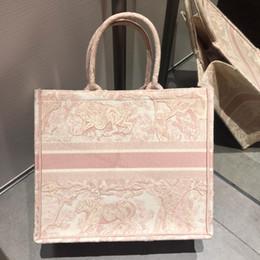 bolsos de color blanco Rebajas Nuevo color bordado de alta calidad Flores coloridas clásicas Bolsos de diseño de múltiples colores famosa marca Patrón Costura bolso de compras de moda