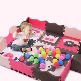 schiuma di striscia di bambino che striscia Sconti Assemblato Cartoon Baby Crawling Mat Morbido Schiuma Baby Play Mat Recinzione Gioco Pad Bambini giocano Protezione Giocattoli 122 * 122 * 1CM