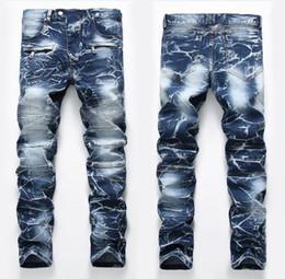 Jeanshose falten online-Einzigartige Herren Blenched Fold Paneled Jeans Modedesigner Vintage Straight Leg Slim Fit Motorrad Scratched Biker Denim Pants JB65011