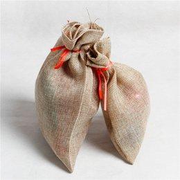 Saquinho de natal on-line-Linho De Natal Saco De Cordão De Embalagem De Casamento Sacos de Presente Sacos de Mini Sacos de Juta Pequeno Sacos de Juta