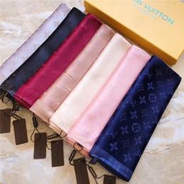 2019 bufandas de inglaterra Bufanda de seda de diseño superior marca bufanda damas suave súper larga bufanda de lujo chal primavera