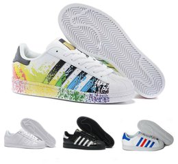 adidas star Superstars chauds femmes chaussures plates occasionnels Superstar triple noir blanc or rouge fierté irisé mens mode baskets en cuir marche