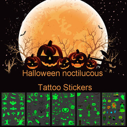 halloween adesivo del tatuaggio Sconti Il tatuaggio impermeabile Halloween autoadesivo luminoso zucca fantasma Glow in the Dark Glow Sticker Temporary Tattoo Sticker per feste DBC VT0718