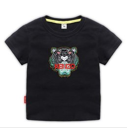 2019 ragazzo di stile di vestizione della maglietta Kids Designer Vestiti Girl Baby Boy Fashion Stampa Cotton Clothes Designer Mens Designer T-Shirt Moda traspirante Luxury Brand 2-8T