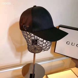 2019 cappelli di stile militare per gli uomini Cappello nuovo disegno di lusso papà cappelli neri Berretto da baseball per uomini e donne Famous Marchi cotone regolabile Skull Sport Golf curvo di alta qualità