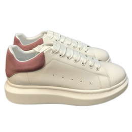 Canada Haute Qualité Hommes Femmes Mode Blanc De Luxe En Cuir Noir Plateforme Chaussures Chaussures Casual Chaussures De Dame Noir Rose Or Femmes Baskets Blanches Offre