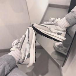 kevin durant scarpe da basket basse Sconti Nike Sacai LDV Waffle pattini casuali per gli uomini le donne di colore bianco grigio pino verde Gusto Varsity Blues all'aperto donne scarpe sportive Size 36-45