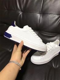 NUEVOS zapatos casuales de lujo Negro, blanco, rosa, oro, diseñador, confort, zapatos para hombre, zapatos de cuero casuales, hombres, mujeres, zapatillas de deporte desde fabricantes