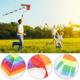 outil cerf-volant Promotion utdoor Fun Sports s Accessoires Rainbow Kite sans outils volants Plein air Fun Sports Long Tail Nylon Flying Kite Triangle Colorful Kite C ...