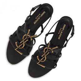 2019 sandali in pelle nera Sandali piatti nuovi di marca 2019 Pantofole casual da donna in pelle nera Scarpe da donna di design di lusso moda estiva sconti sandali in pelle nera