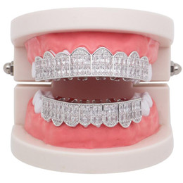 14k oro grillz online-Venta caliente Hip Hop Diamonds Dientes Grillz Silver Gold Hiphop Dientes Grillz Rhinestone Top Bottom Grills Bling Bling Joyería Regalos 2019