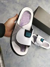 Schöne pantoffeln online-Luxus Hydro V Retro Herren-Flip-Flop-Designer Pantoffeln 5 Frauen Designer Herren Pantoffeln Mädchen Chaussures schönen Bericht Auslass Gummi einfach