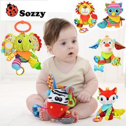 Juguetes para niños Sonajeros Móviles 20cm Sonajeros para bebés Lion Fox Dog Toy Peluche Colgante de peluche mordedor sonido Animal lindo Cuna desde fabricantes