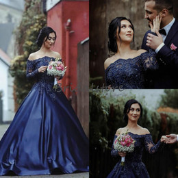 marineblaue langarm-brautkleider Rabatt Romantische Marineblau Garten Brautkleider mit langen Ärmeln Bateau A Line Country Perlen Brautkleider Beautiful Reception Engagement Kleid