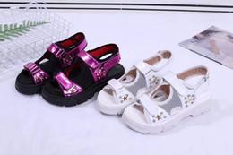 Maille en strass en strass en Ligne-Nouvelles sandales d'été pour femmes avec des crampons en strass, tissu en cuir de vachette métallique, mesh respirant