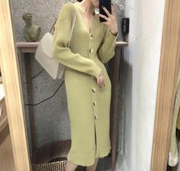 Sweater inverno coreia on-line-Chegada nova qualidade de luxo Coréia outono chique e inverno single-breasted Com Decote Em V magro cashmere camisola de malha vestido Vestidos