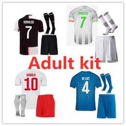 Kit de números jersey on-line-19 20 Juventus RONALDO Homens kit de Futebol Camisas 19 20 Adulto Kit Maillot de pé nome personalizado e número homens camisa de futebol e vendas de curta tamanho S-XXL