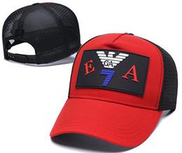sombreros de sol para los hombres al por mayor Rebajas Sombrero de lujo al por mayor de alta calidad del diseñador de moda de las mujeres de la gorra de béisbol de los hombres y de las mujeres ocasionales de los deportes de la gorra de béisbol del sombrero del sol del verano ajustable