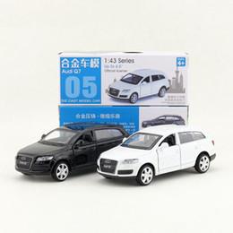 modello freddo ragazzo Sconti 1pc 1:43 serie 4.5 '' 11,3 centimetri auto Audi Q7 SUV tirare indietro modello in lega di raccolta veicolo giocattolo cool boy