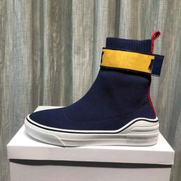 Zapatos de mujer de corte alto online-GYH 2019 Botas de diseño de rayas de letras de corte alto Primeknit Hombres mujeres Lady Plataforma botas de fondo grueso zapatos de diseñador de moda con caja