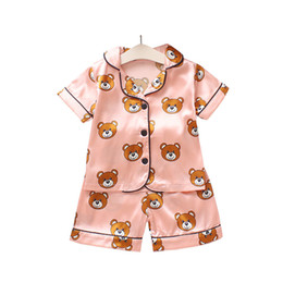 новорожденный рождественские onesie Скидка Мальчики девочки дизайнер мультфильм медведь главная одежда Детская пижама наборы дети из двух частей набор с коротким рукавом костюм детская домашняя одежда розничная