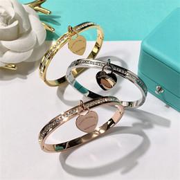 Feines festes gold online-Luxus Armreifen Armband Damenmode Starre Armbänder Hip Hop Einfarbig Silber Armband Dame Edlen Schmuck Liebhaber Geschenk
