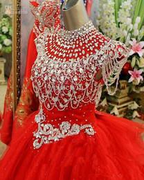 2019 goldene kleider für mädchen 2019 Golden Globe-Mädchen-Festzug-Kleid mit Flügelärmeln Perlen Crystals Festzug-Kleid-Abend für Mädchen Tüll kleine Mädchen rote Blumen-Mädchen-Kleid rabatt goldene kleider für mädchen
