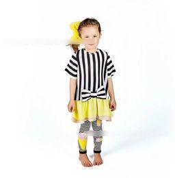 2019 vestido de manga corta amarillo niña INS Niñas vestidos niños raya arcos manga corta princesa vestido niños empalme amarillo falbala vestido de verano ropa de niña de bebé F7902 vestido de manga corta amarillo niña baratos