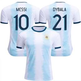 camiseta copa del mundo argentina Rebajas Venta al por mayor Nuevo Mundial de fútbol de Argentina Jersey 18/19/20 MESSI home DI MARIA AGUERO camisetas de fútbol de Argentina de calidad tailandesa 2019