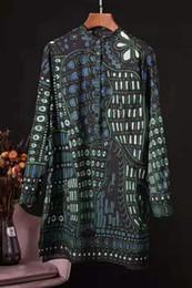 2019 плюс размер органзы tops Ранняя весна 2020 вокруг шеи ретро печати шаблон украшения Европы и Америки новых женщин длинный рукав рубашки юбка