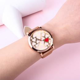 2019 armbänder lieben druck Die Uhr-Frauen der heißen Marketing-Liebes-Herz-Diamant gedruckte Lederarmband-Handgelenk-Quarz-Uhr-Armbanduhren kleiden ANZEIGE an rabatt armbänder lieben druck