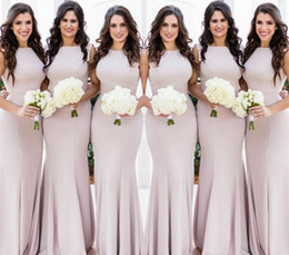 Vestiti da cerimonia nuziale del collo del halter online-Il nuovo disegno del collo del Halter abiti da sposa semplice Mermaid Estate Country Garden formale Wedding Party damigella d'onore Abiti Plus Size