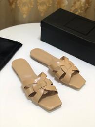 metallkette für schuhe Rabatt Frauen Designer Sandalen Luxus Echtleder Flip Flops Metallketten Sommer Strand Schuhe Mode Hausschuhe yz19051601