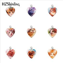 pinturas de gatitos Rebajas Encantadores gatos gatito pequeño pinturas en forma de corazón de acero inoxidable encantos plateados artesanía de cristal cúpula corazón colgantes accesorios